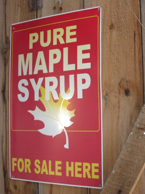Pure maple syrup sign